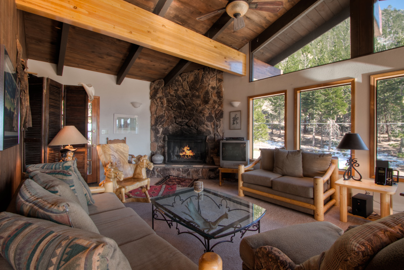 HV25 | Buckingham Properties South Lake Tahoe | Pet Friendly Vacation Rental