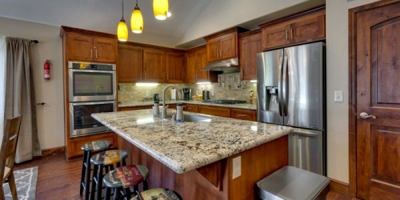 Aspen Cove at the Tahoe Woods Condominium - Kitchen